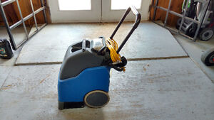 Laveuse a tapis - Carpet cleaner - $1500.00