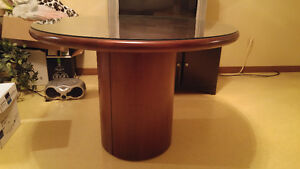 Executive round conference table Windsor Region Ontario image 2