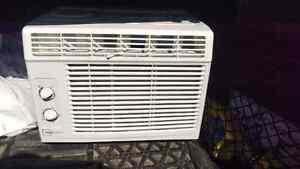 Air climatisé neuf / AC new