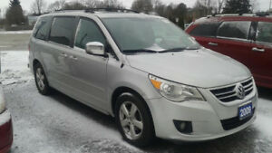 2009 VW Routan Highline