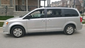 2011 DODGE CARAVAN STOW IN GO ECO SYSTEM BLUE TOOTH 124568 KM