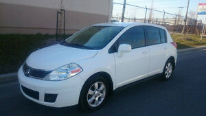2007 Nissan Versa full option gs Bicorps automatic super clean