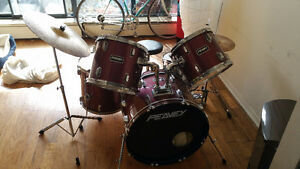 Wine Red Mint Condition Peavey Drum Kit $500 Obo
