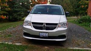 2011 Dodge Grand Caravan Kingston Kingston Area image 1