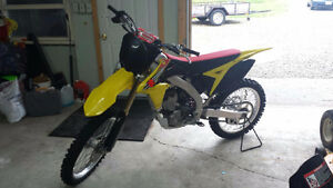 Brand New Mint Mint 2012 Suzuki RMZ 250F Kitchener / Waterloo Kitchener Area image 1