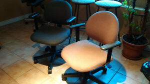 Ergo Office Chairs w / arm rests