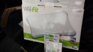 Wii  FIT  GAME  BOARD  & GAMES
