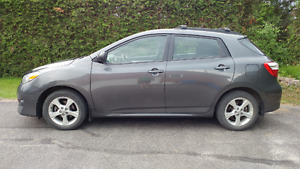 2013 Toyota Matrix Touring ***Extended Warranty until 2020!