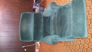 Free green Lazyboy chair