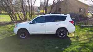 Trade 08 rav4 and 09 grizzly for truck