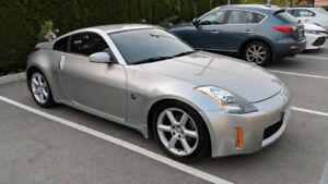 2003 NISSAN 350Z Coupe - Very Low KMs