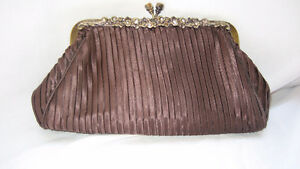 WOMAN'S CLUTCH PURSE Cornwall Ontario image 1