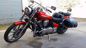 Fully loaded Kawasaki Vulcan 900 custom