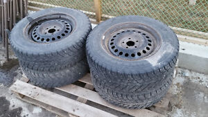 Nokian Snow Tire Set with Steel Rims R14