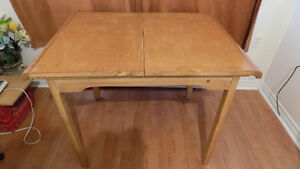 VINTAGE 1950'S BIRCH HIDDEN LEAF TABLE