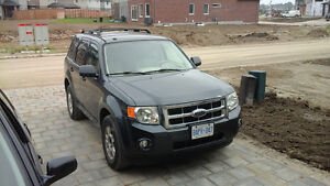 2009 FORD ESCAPE XLT FULLY LOADED AIR CONDITIONING,CLEAN INSIDE