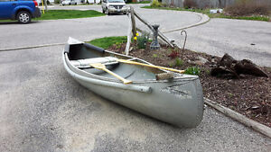 Springbok aluminum 12'canoe with paddles for sale