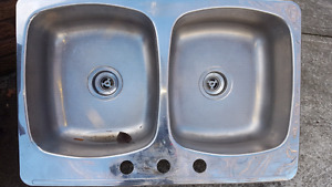 Stainless kitchen sink