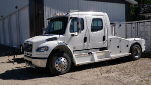 2013 Freightliner M2106 Sport Chassis