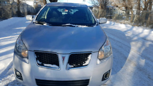 Pontiac vibe 2010 AWD Automatic good condition