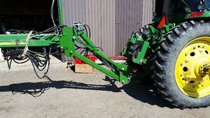 Front fold planter drawbar hitch