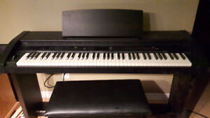 Roland KR 350 Electric Piano & Bench