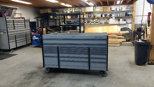 SNAP ON TOOL BOX 6'X30' DEEP