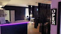 ESPACE A LOUER/ SPACE FOR RENT (Nails & Lashes)( Ongles et cils)