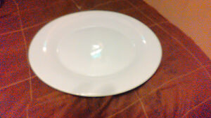 44 White and off white plates different sizes London Ontario image 7