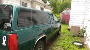 1998 GMC Sierra 1500 with topper