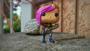Vi League of Legends Pop Figure