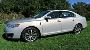 2009 Lincoln MKS Trim package Included Sedan
