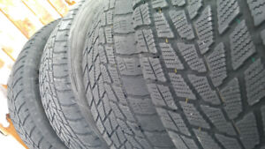 275/45 R19 winter tires used only 3 tire