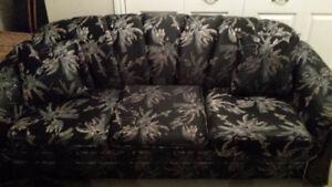 Couch & armchair set /ensemble canapé et fauteuil