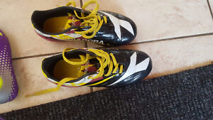 Girls outdoor soccer cleats(shoes)