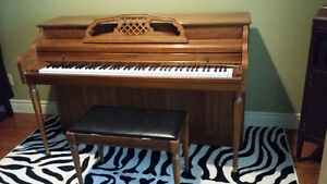 Free small apartment size piano