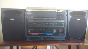 Toshiba component stereo with RCA speakers