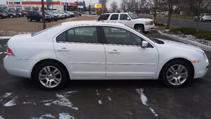 FORD FUSION SEL  2006 LEATHER  SUNROOF EXCELLENT CONDITION Strathcona County Edmonton Area image 3