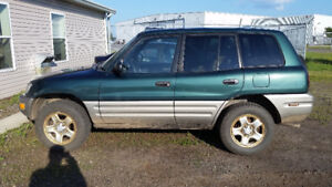 1998 Toyota RAV4 AWD for parts or mech special