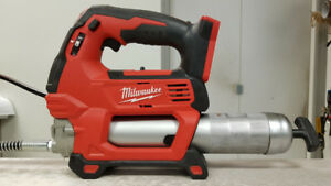 Milwaukee M18 Grease Gun - BARE TOOL