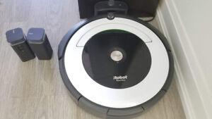 PERFECT CONDITION - Roomba 695 Wireless - 8 mo old