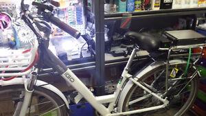 Vélo électrique IGO très bonne qualité et très peu utilisé
