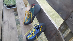 Climbing shoes - almost new Peterborough Peterborough Area image 2