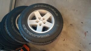 JEEP Wrangler JK tires and rims