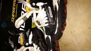 Bauer Supremes skates and extra Blades