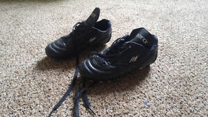 Boys Rucanor Soccer cleats size 13