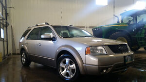 2005 Ford FreeStyle/Taurus X SUV, Crossover