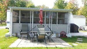 Lake Front Trailer / Add A Room Limoges is a half hr from Ottawa