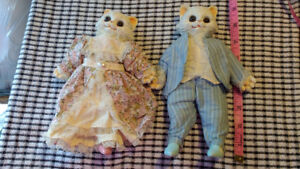 vintage cat couple with clothes figurines figures chat