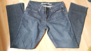 American Eagle  77 straight size 8 short